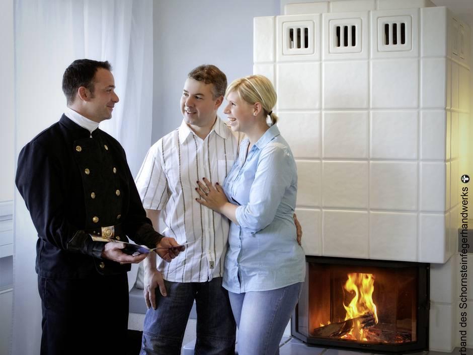 schornstein nachr sten die wichtigsten fragen normen und gesetze haustec. Black Bedroom Furniture Sets. Home Design Ideas