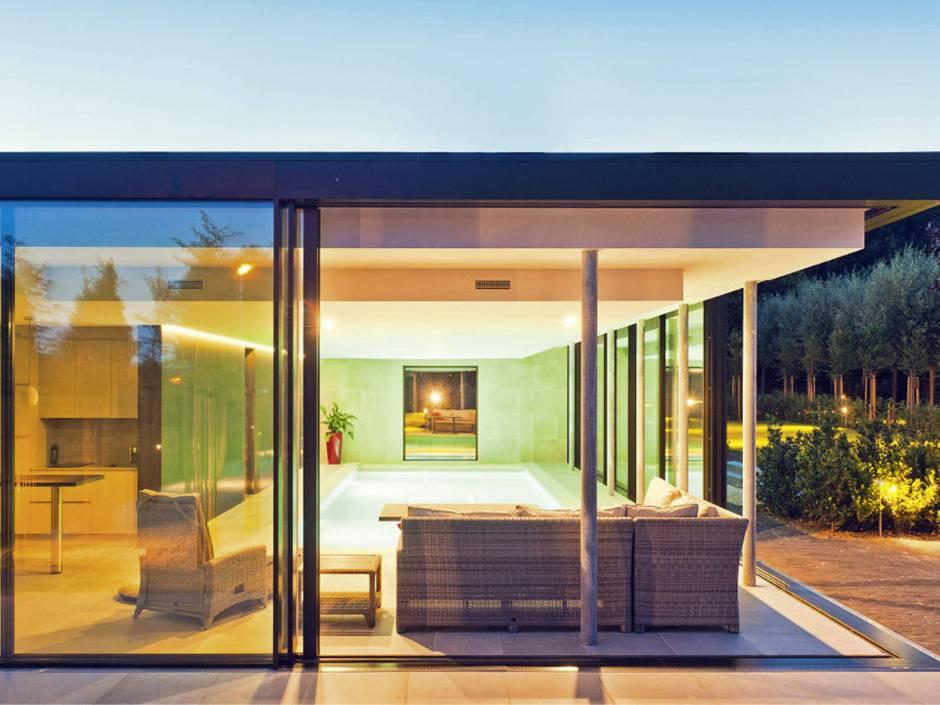 en 12488 empfehlungen f r vertikale und geneigte verglasungen haustec. Black Bedroom Furniture Sets. Home Design Ideas