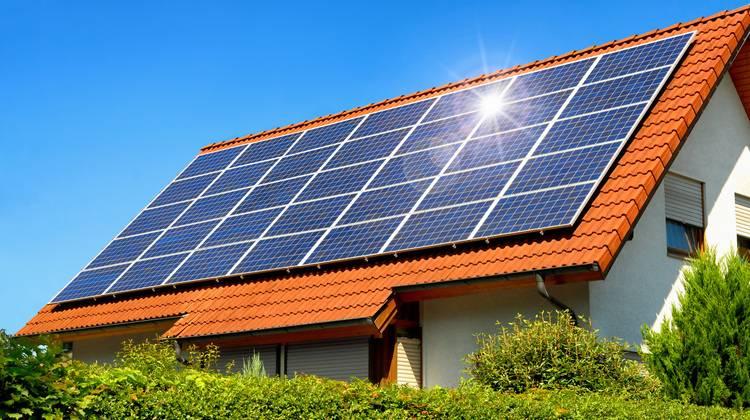 Vorsicht bei der planung solaranlage darf nachbarn nicht blenden