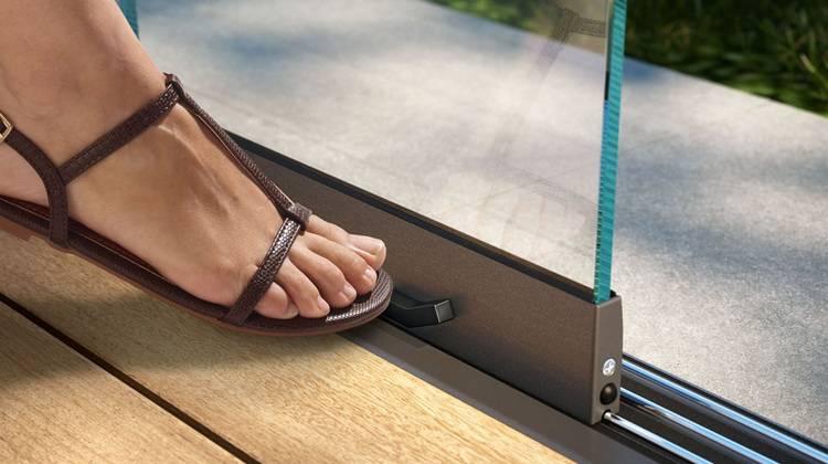 glas schiebewand w17 easy leise und leicht zu bewegen. Black Bedroom Furniture Sets. Home Design Ideas